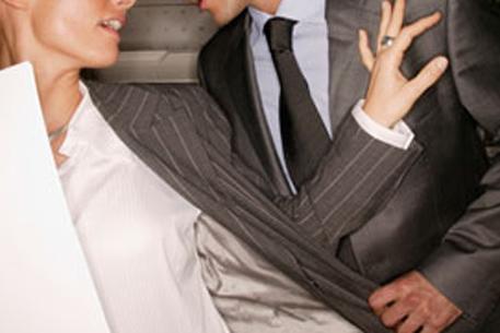 Стотья сексуальные домогательства